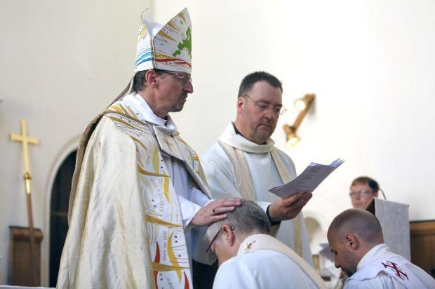 Ordination 9