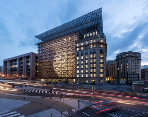 european-union-headquarters-brussels-samyn-and-partners-architecture_dezeen_2364_col_20-852x672